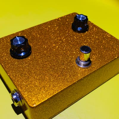 Dallas Arbiter  Fuzz face modded copy 1960s parts  Gold flake