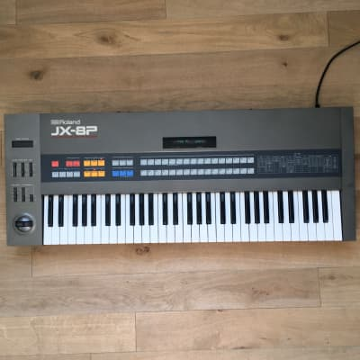 Roland JX-8P Analog poly Synth / Serviced / w/ Dedicated Roland Fly case