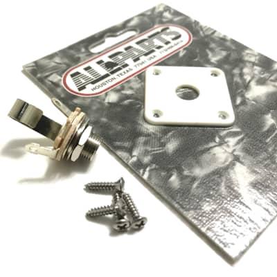 Les Paul Jack Plate & Jack White Plastic with Screws