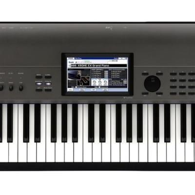 Korg Krome EX 88 Velocity Sensitive Natural Weighted Hammer Action Key Music Workstation