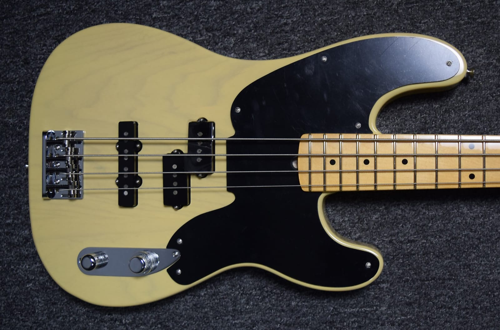 fender limited edition telecaster bass