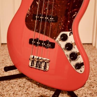 Fender Custom Shop Custom Classic Jazz Bass Guitar & Fender/G&G Case.  Fiesta Red!  Absolutely Mint! for sale