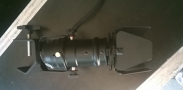 Odyssey LSPAR16 BLACK with barn doors,lamp and clamp