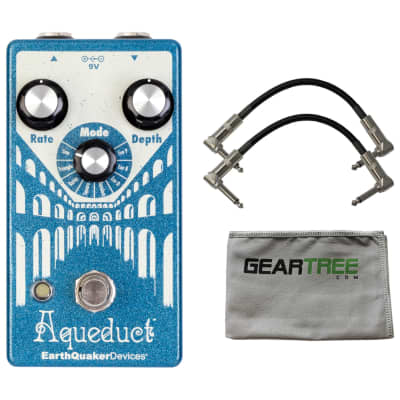 EarthQuaker Devices Aqueduct Vibrato Pedal w/ Cloth and 2 Cables
