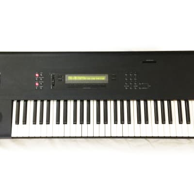 KORG M1 Workstation Synthesizer 61-Key Keyboard. Made in JAPAN. Works Great !