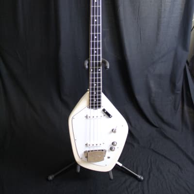 Vox Phantom IV Bass Guitar 60s White for sale