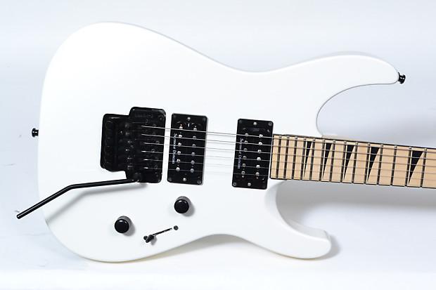 jackson dk2m pro electric guitar japan made w seymour duncan reverb. Black Bedroom Furniture Sets. Home Design Ideas