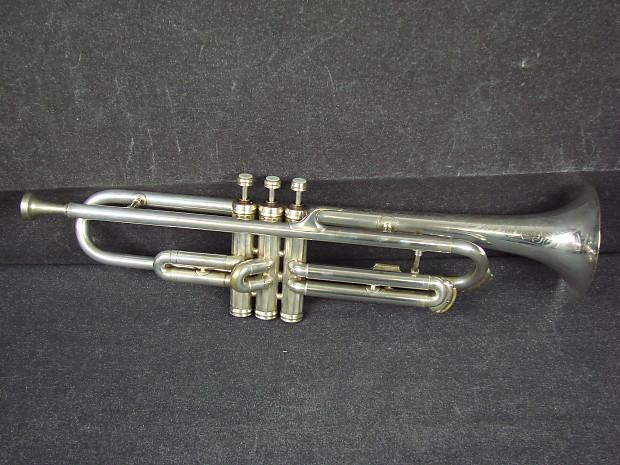 Vintage 1933 Conn Vocabell 40 A Peashooter Silver Cornet W/Original Case