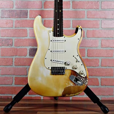 Fender Stratocaster Hardtail with 3-Bolt Neck, Rosewood Fretboard 1974 Olympic White (Burnt)