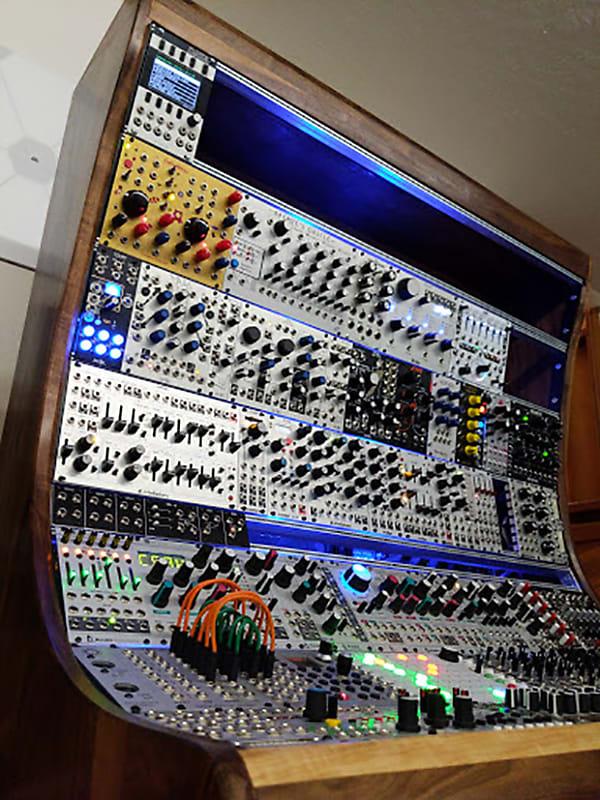 Modular Synth Eurorack Case 21U + 1U (8 rows) / 168HP - Intellijel or Pulp  Logic format