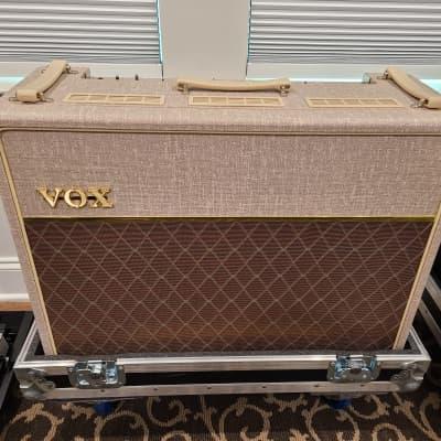 Vox Handwired AC30 w/Alnico Blues & Roadcase