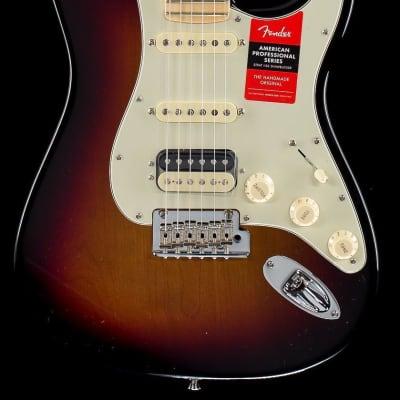 Fender American Professional Stratocaster HSS 3-Tone Sunburst Maple - US19018495-7.68 lbs
