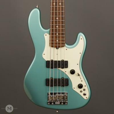 Fender Basses - 1997 Roscoe Beck V - Used for sale