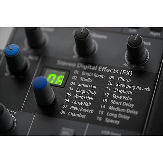 PreSonus StudioLive AR22 USB Mixing Console (Analog Digital)