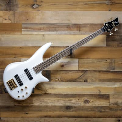 Jackson JS Series Spectra Bass JS3 Electric Bass Guitar in Snow White with Laurel Fingerboard