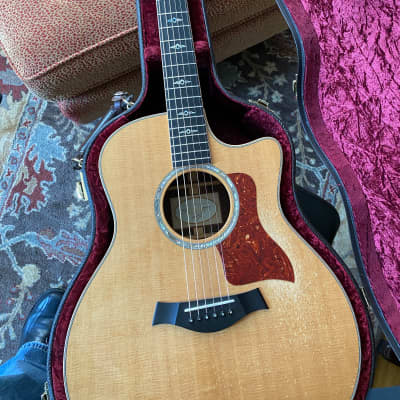 """Taylor 816ce 2013 with 1 7/8"""" Nut Width and K&K Pickup"""