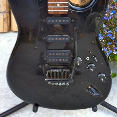 REAL ROADWORN VINTAGE Japanese Made 80'S APPLAUSE/OVATION/KAMAN STRAT ALL BLACK