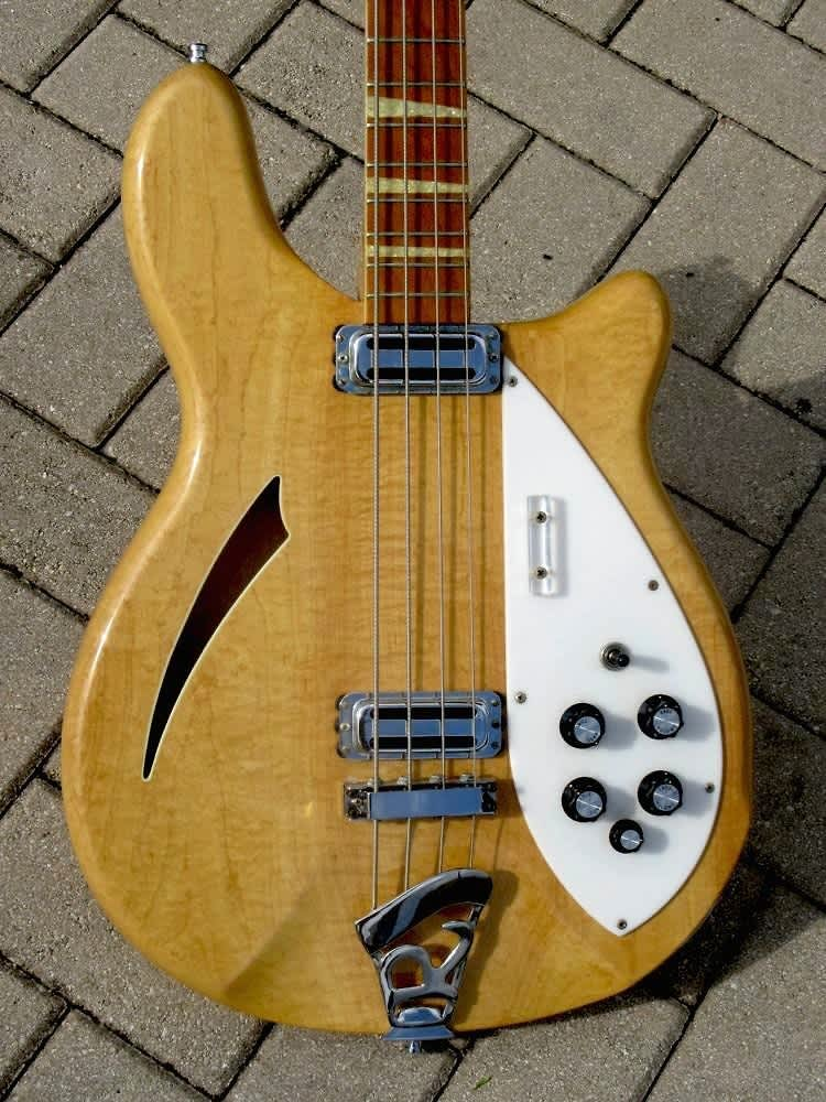 rickenbacker 4005 bass 1967 mapleglo the guitar broker reverb. Black Bedroom Furniture Sets. Home Design Ideas