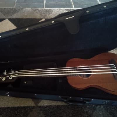 Kala SMHG-FS Fretted All Solid Mahogany U-Bass w/ Semi-Rigid Case Satin Natural