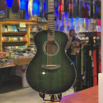 Used Breedlove Oregon Ltd. Emerald Green, Anthem Equipped with Case for sale