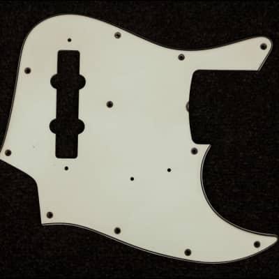RebelRelic J-Bass Pickguard Greenish - 3 Ply - Aged