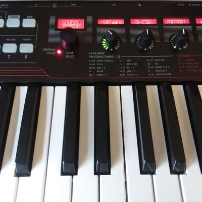Korg R3 Synth Vocoder w/ Original Manual, Vocoder Mic & Power Supply