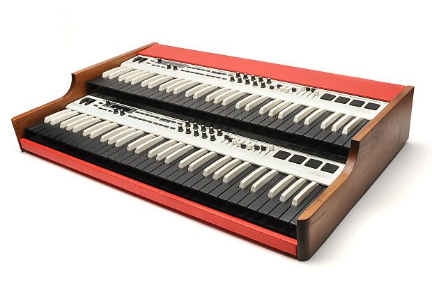 Custom Dual Keyboard MIDI Controller | EC's Bazaar