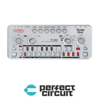 Cyclone Analogic Bass Bot TT-303 MK2 Analog Synthesizer