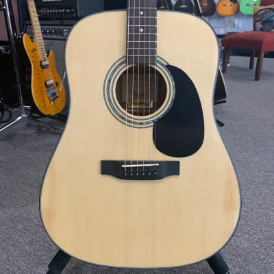 2012 Zager ZAD-20/N Natural with Martin Case