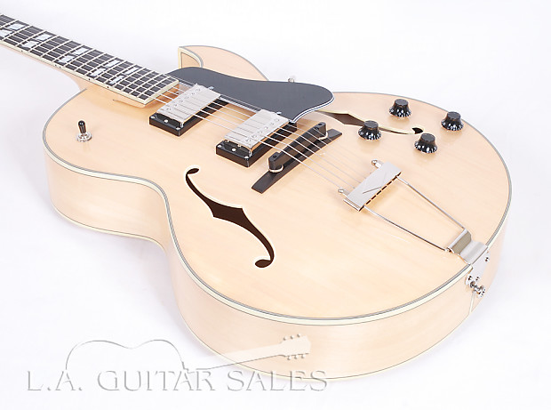 eastman ar372ce bd blonde 16 quot archtop with dual reverb