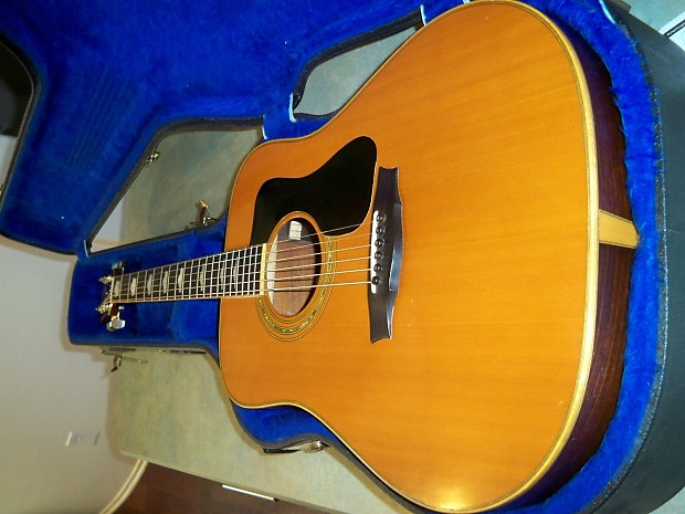 1981 Guild D70 Acoustic Guitar   Martin's Guitar collection