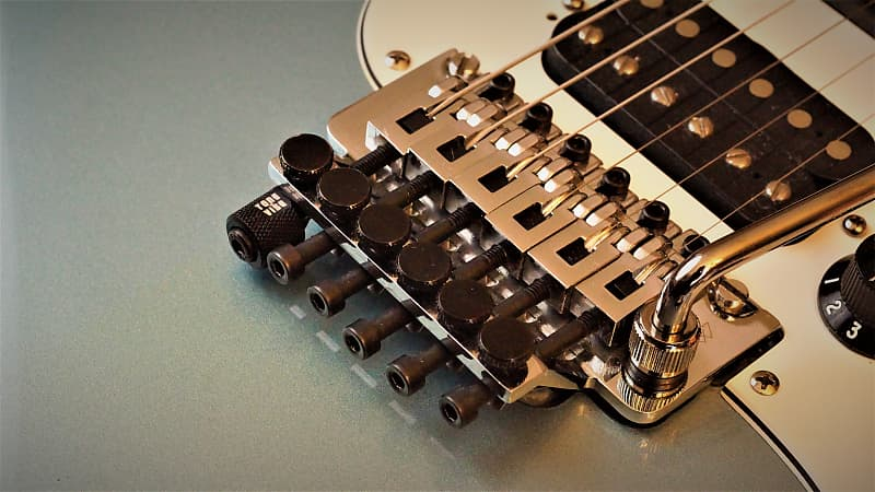 Red Limited Edition TONE VISE® PITCH SHIFTER™ Drop D for Floyd Rose® Tremolos