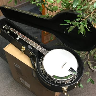 Limited Edition Recording King Banjo RK-ELITE-85 with Gibson