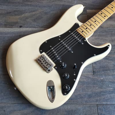 1970's Fresher Straighter Stratocaster White (Made in Japan) for sale