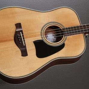 Ibanez AVT2ENT Artwood Series Acoustic-Electric Guitar Natural