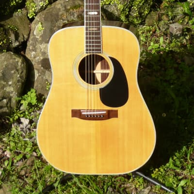 Yamaki No. 140 Dreadnought Guitar '70 Natural+Hard Case and some extra goods FREE for sale