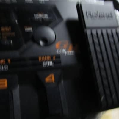 Roland GR 33