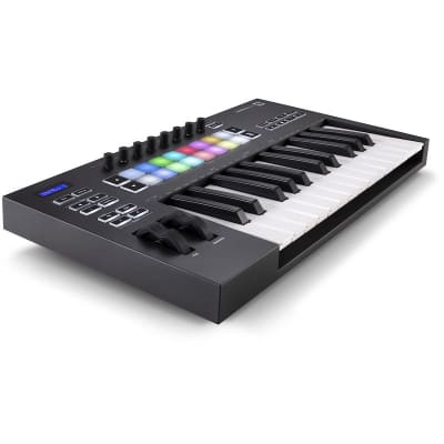 Novation Launchkey 25 MK3 USB MIDI Keyboard Controller (25-Key)