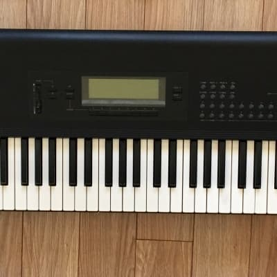 Korg T2ex T2 EX Workstation Keyboard 76-key 1989 M1 Black
