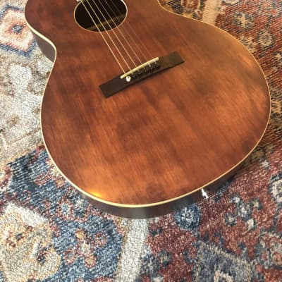 The Loar LH-204 Brownstone with Fishman Pickup