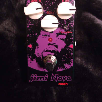 Moen AM-VB Jimi Nova Vibrato Chorus Pedal