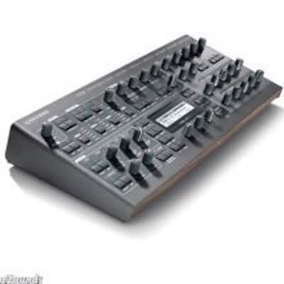 Access Virus Ti2 desktop synth