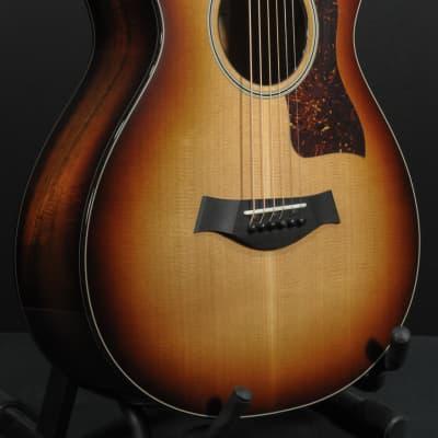 Taylor 512ce 12-Fret LTD Western Red Cedar - Hawaiian Koa