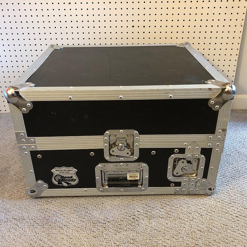 Road Ready Cases RRM2U 10U Slant Mixer Rack / 2U Vertical Rack System Case