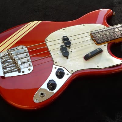 Vintage USA 1972 Competition Red Fender Mustang Bass Guitar. A Gorgeous Short Scale Bass