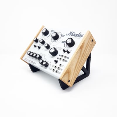3DWAVES  XL Stands For The Dreadbox Hades Erebus Nyx Semi Modular Synthesizer