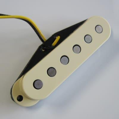 Fender Yosemite Stratocaster RW/RP Middle Pickup 0992277000