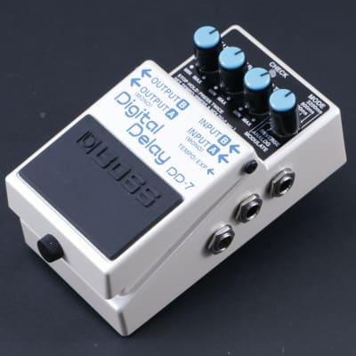 Boss DD-7 Digital Delay Guitar Effects Pedal P-07828