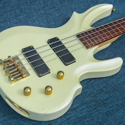 Grass Roots G-TN-58B Reindeer Bass 1990-s Pearl for sale