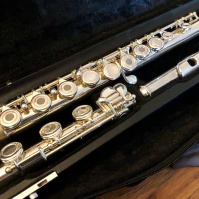 Giardinelli GFL-10 Intermediate Silver-plated Flute